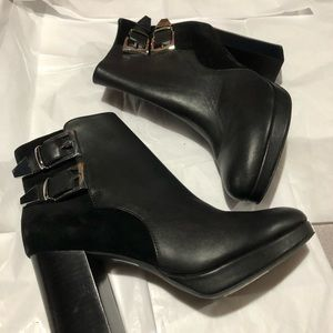 Guess genuine leather High heel Booties